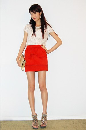 red hm tiered skirt - heather gray kelsi dagger sandals shoes - gold clutch bag