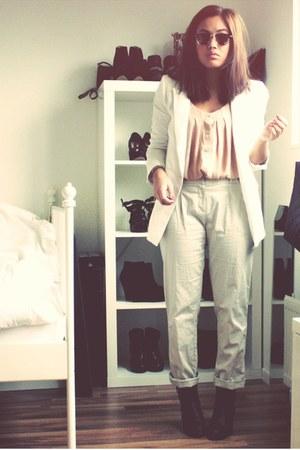 Sixty Seven boots - Zara blazer - H&M blouse - Primark pants
