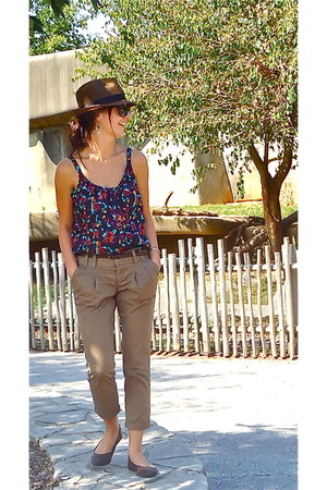 pleated pants Old Navy pants - Von Maur hat - Ray Ban sunglasses