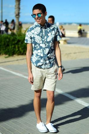teal abercrombie and fitch shirt - cream H&M shorts - aquamarine asos sunglasses