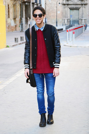 black Zara jeans - black Zara jacket - blue pull&bear shirt - black asos bag