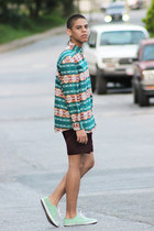 turquoise blue h&m divided shirt - brick red Primark shorts