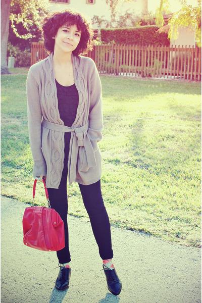 black Zara leggings - black Marshalls shirt - red Forever21 bag - tan Old Navy c