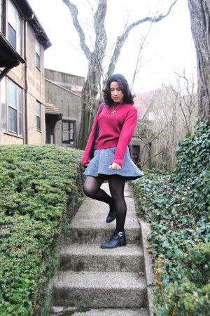 woven vintage boots - Curry Knits sweater - a-line BDG skirt