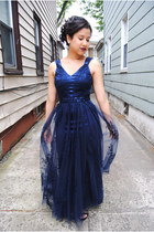 navy satin and lace Kathy Hilton dress