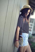 black diy cropped shirt - beige vintage floral purse - light blue diy Levis shor