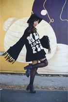 black Urban Outfitters hat - black Kerol D Apparel sweater