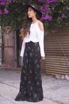 navy palazzo Shop Loeil pants - white Urban Outfitters top