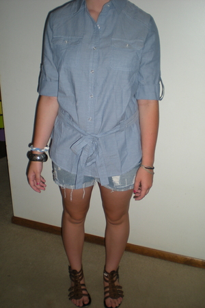 forever 21 blouse - forever 211 shorts - H&M bracelet - shoes