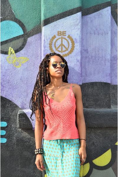 vintage Mercura sunglasses - aqua Mossimo skirt - coral BCBG top