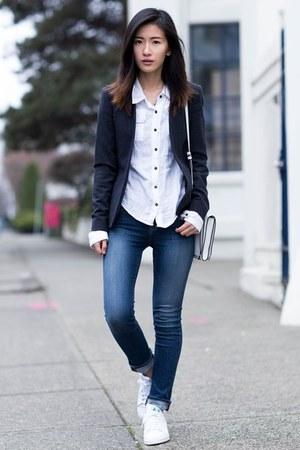 navy Theory blazer - blue J Brand jeans - white Adidas sneakers