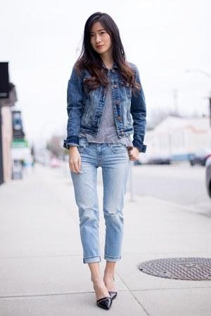 sky blue American Eagle jeans - navy American Eagle jacket