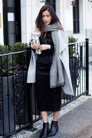 black Klarra dress - silver Mango coat - black Zara scarf