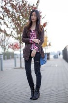 Plaid with Ripped Jeans