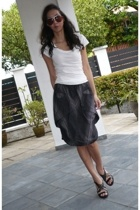 James Perse shirt - abyzz skirt - banfi zambrelli shoes