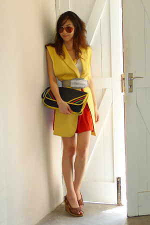 blue vintage bag - white a&f top - brick red American Apparel skirt - yellow Bay