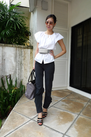 gray abyzz pants - white abyzz blouse - gray Gustto purse - gray abyzz belt