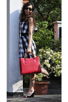 black karen millen dress - red bamboo handles Vintage Gucci bag