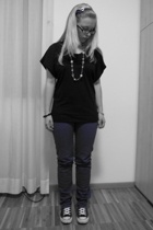 Vero Moda t-shirt - scout pants - Converse shoes - H&M