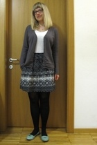 blue Promod skirt - Dei colli shoes - blue Calzedonia tights - white tezenis top