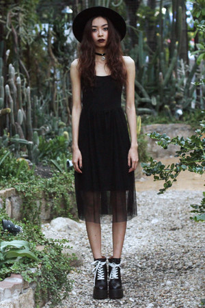 black Missguided boots - black PERSUNMALL dress