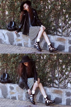 crimson Missguided boots - black Sheinside dress