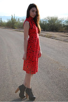 red Waisted Vintage dress