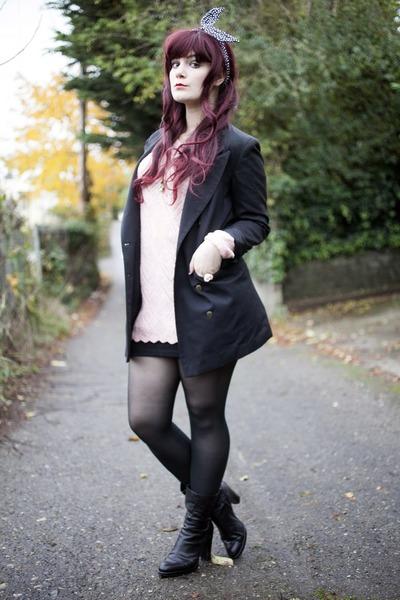light pink granny sweater sweater - black booties boots - black blazer