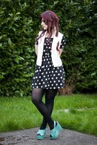 black polka dot dress H&M dress - white Forever 21 vest