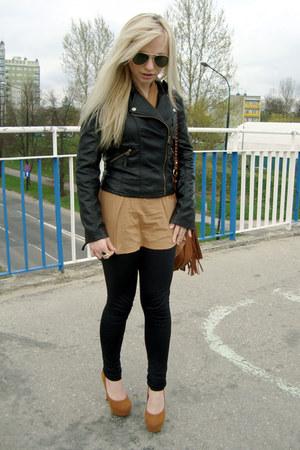 ddf084f53d59 burnt orange heels - black jacket - bronze Vero Moda shirt