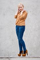 bronze czasnabutypl heels - blue Lee jeans - bronze Cubus shirt