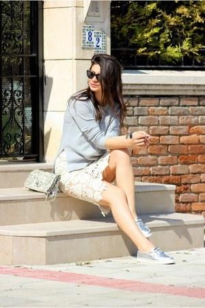 Tommy Hilfiger sunglasses - cream Sheinside skirt
