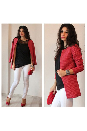 red cotton PERSUNMALL coat - ivory cotton Stradivarius jeans