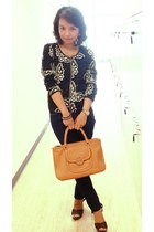 dark brown Kenneth Cole shoes - MNG jeans - tory bag