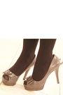 Black-dime-piece-dress-gray-joan-and-david-shoes