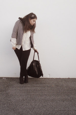 black boots - coat - black La Redoute leggings - black Parfois bag - ivory blous