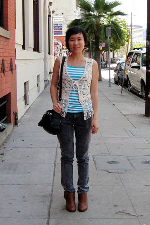 blue tank Forever 21 top - brown Rachel Comey for Urban Outfitterse boots