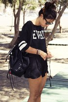 shirt - bag - shorts - sunglasses - sandals