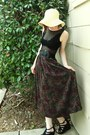 Black-shoes-light-yellow-hat-maroon-skirt-black-top
