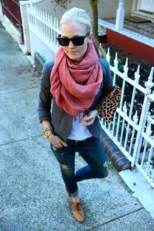 rag & bone jeans - Theory blazer - Clare Vivier purse