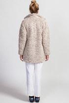 Joa Coats
