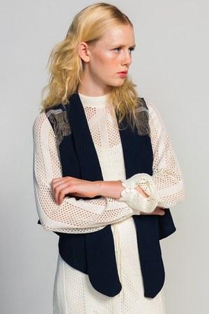 Line & Dot vest