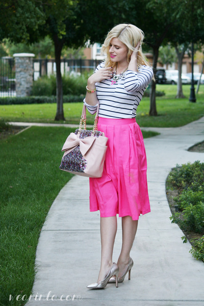 hot pink pleated daily look skirt - white striped Wear In LA shirt
