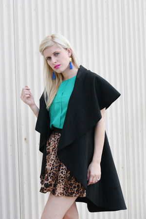brown leopard print WearInLA skirt - green pleated WearInLA blouse