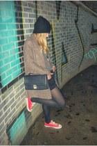 Zara hat - pull&bear coat - Pepe Jeans bag - Zara shorts - Converse sneakers
