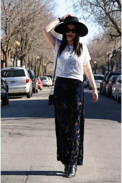 black Forever 21 skirt - black H&M hat - black American Eagle bag