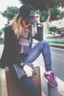 Zara-jeans-maje-blazer-new-balance-sneakers