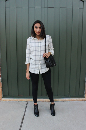 black booties leather coach boots - black Aerie leggings - white H&M shirt