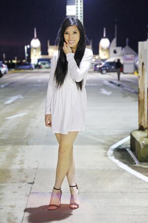 gold heels Zara heels - Tobi dress
