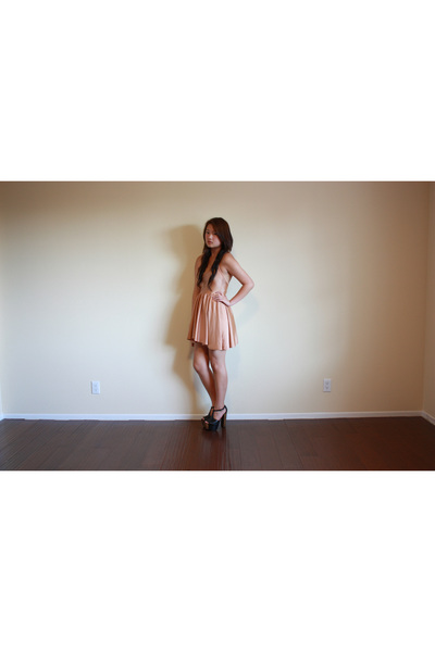beige American Apparel dress
